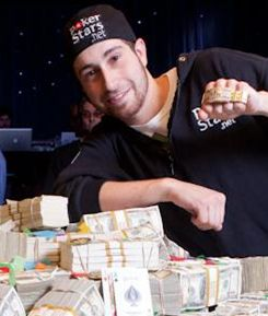 Jonathan Duhamel gagnant du WSOP 2010