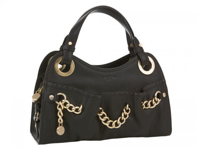 Attention ce sac a main est une arme redoutable!