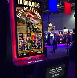Machine à sous géante dans les casinos Joa